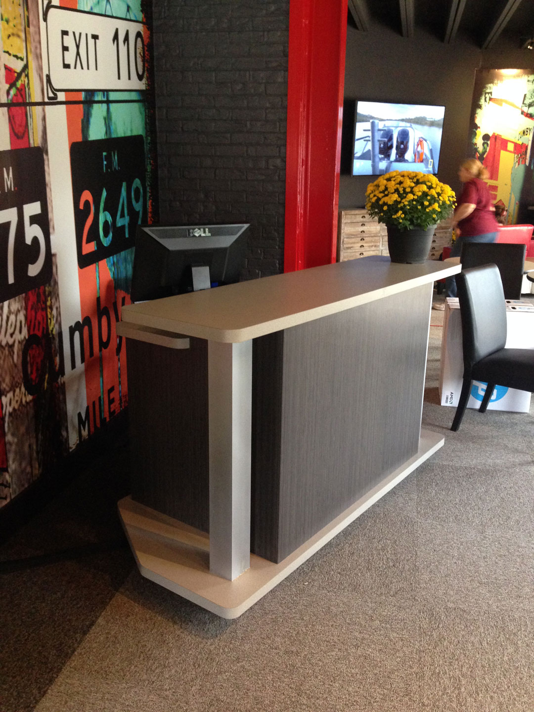 6 Foot X 33 Inch X 42 Inch Rolling Dual Level Reception